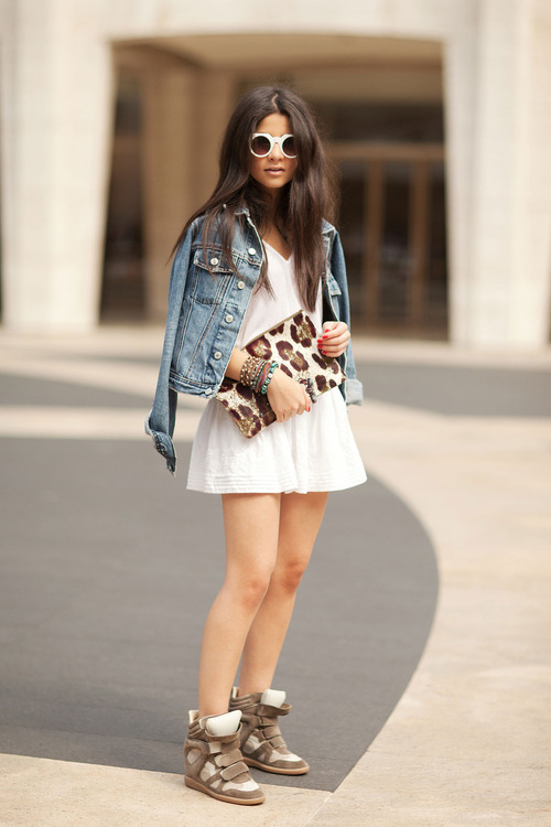 Sneaker-wedges-look-1